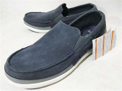 Crocs Walu Accent Charcoal sepatu crocs walu accent suede loafer charcoal royal