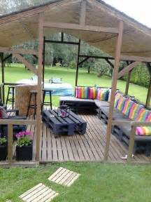 Build Outdoor Patio by 15 Diy Outdoor Pallet Sofa Ideas Diy And Crafts