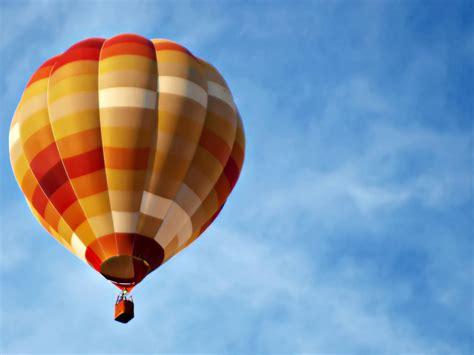 Balon Balon Balon Balon pt jaya balon balon promosi balon karakter balon udara balon iklan balon zepplin dll