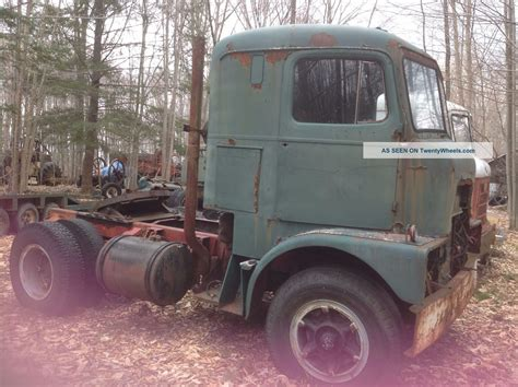 Sleeper Farm Truck by Vintage Trucks Gmc Fatcab International Crackerbox