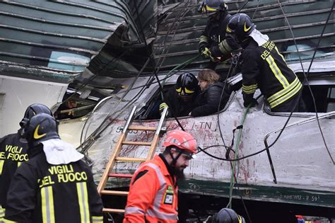 derails near milan killing at least 3 and injuring