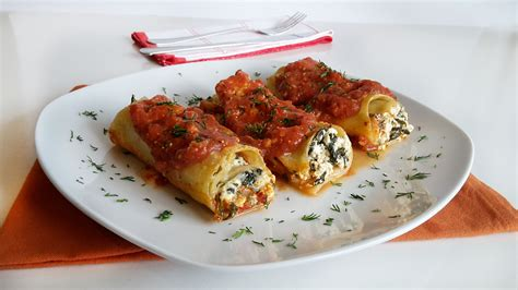 spinach lasagna with cottage cheese easy lasagna rolls with cottage cheese