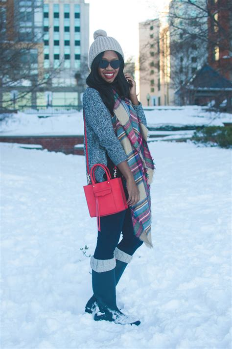 Ski Home Decor what to wear on a snow day alicia tenise