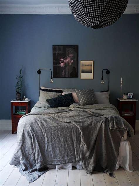 Attrayant Decoration De Chambre Adulte #1: chambre-bleu-et-gris-peinture-murale-linge-de-lit-adulte-decoration.jpg