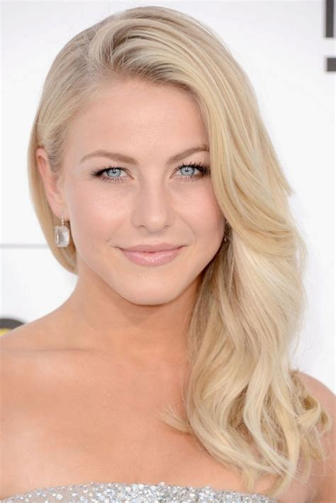 how to get julianne hough curls julianne hough hairstyles blonde curls pretty designs