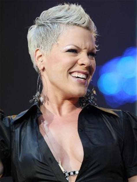 carey hart hairstyles p nk s new single raise your glass debuts at no 1 on chart