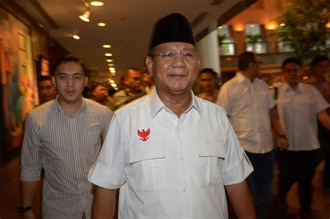 biography prabowo subianto indonesia s subianto challenges election agency ahead of