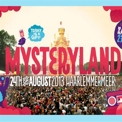 Infan Land Musical Play mysteryland op originele woodstock terrein npo 3fm