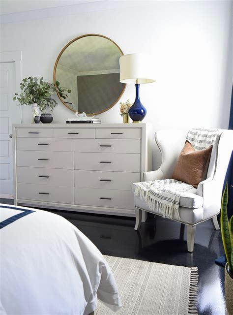 bedroom dresser decor best 25 bedroom dresser decorating ideas on mirror tray used coffee tables and
