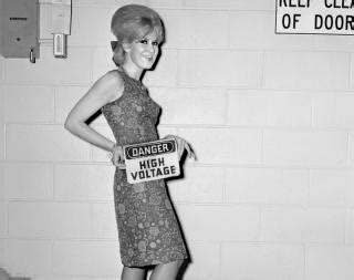 dusty springfield 1964 photos new york fashion 1960s