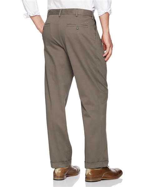 relaxed khaki dockers s comfort khaki upgrade relaxed fit pleat pant pebble 40x32