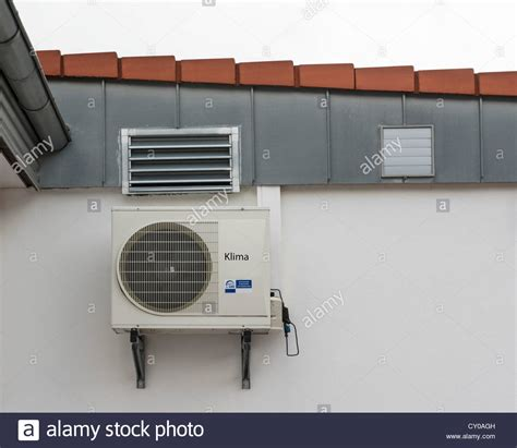 Klimaanlage Wand by Air Conditioning Unit Stockfotos Air Conditioning Unit