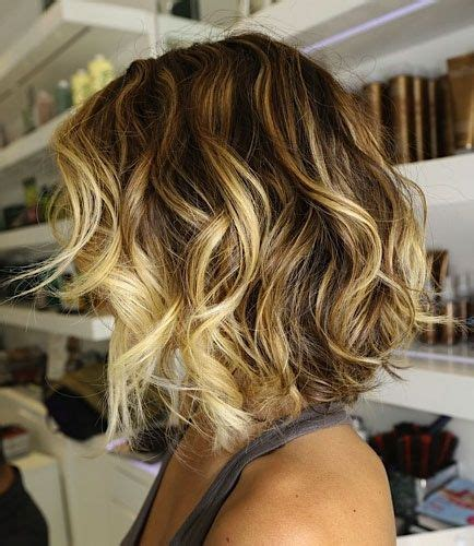 hair with highlights in bottom onlu short ombre hair with loose curls i want to do this