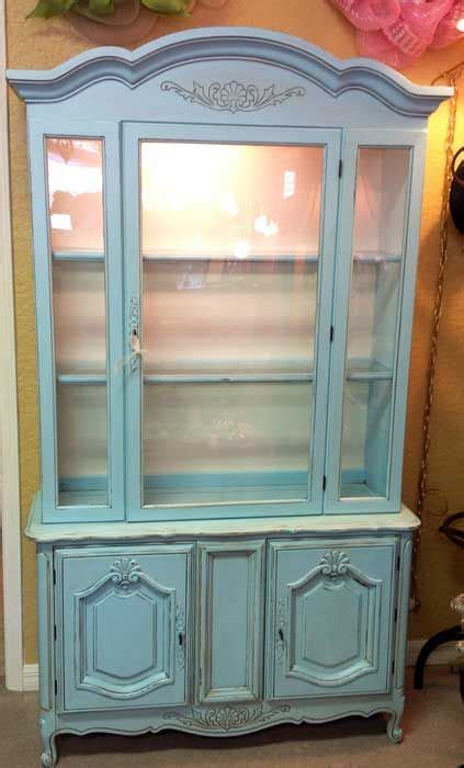 Cabinet Robin by Lighted China Cabinet Robin Eggs Blue Chalk Paint And Wax