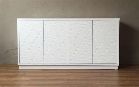 mueble blanco mueble aparador lacado blanco con detalle de rombos