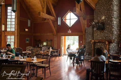 Dining Room Window Emerald Lake Canoes Trails Food Amp Cabins Banffandbeyond