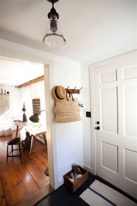 how to create a foyer in an open floor plan how to create a foyer when you don t have one mrs hines