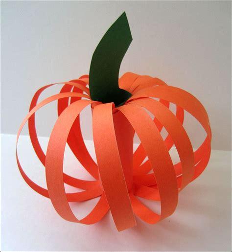 Construction Paper Pumpkin Crafts - projects for preschoolers