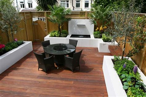 agréable Idee Deco Terrasse Exterieure #1: Decking-Ideas-for-Small-Gardens.jpg