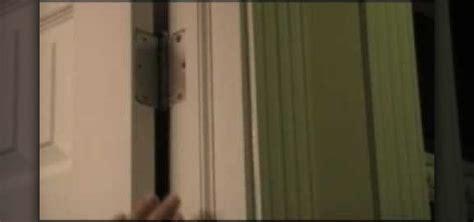 how to fix a squeaky door in seconds 171 construction repair