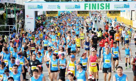 Race Standard Chartered Half Marathon Indonesia 2014 stanchart ups marathon sponsorship for next 3 years marketing interactive