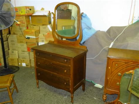 antique oak 3 drawer dresser with mirror antique tiger oak 3 drawer dresser with mirror