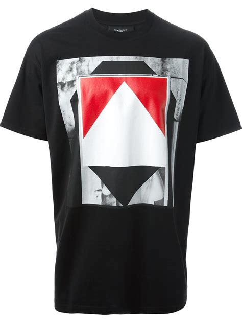 lyst givenchy printed t shirt in black for