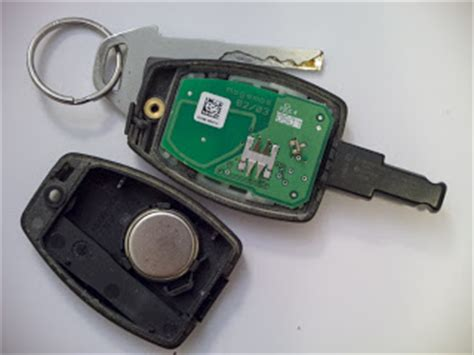 zen  volvo   maintenance key fob battery replacement