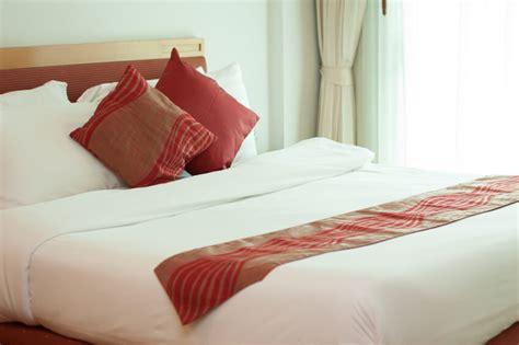bed pillow arrangement ideas 50 decorative king and bed pillow arrangements ideas pictures