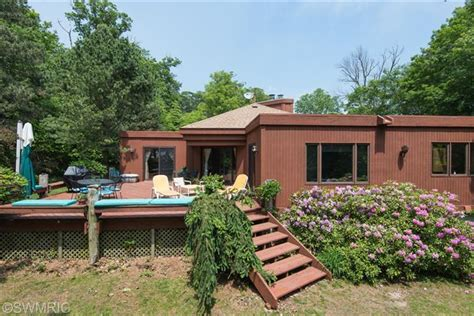 lake michigan homes for sale