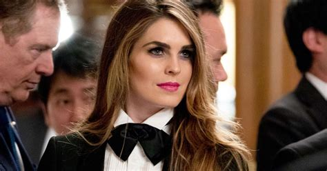 hope hicks voice popular news 12 nov 2017 15 minute news know the news