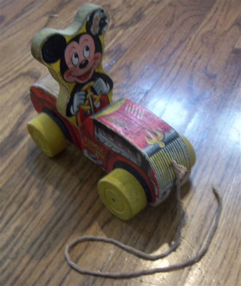 Mp900 Toygun vintage fisher price mickey mouse puddle jumper 310 ebay