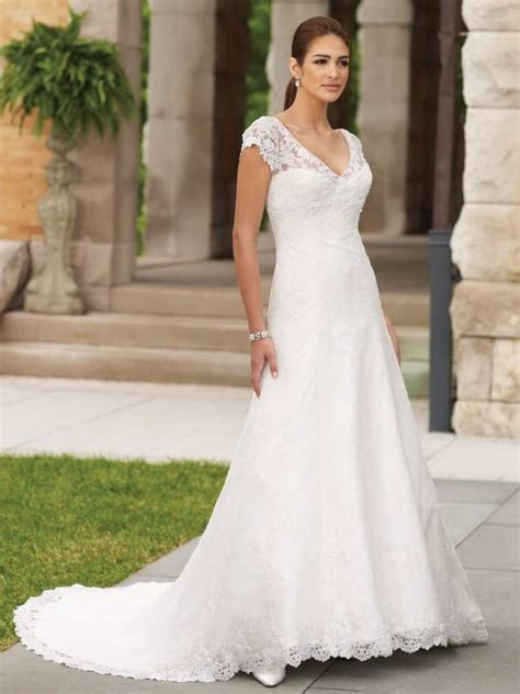 hochzeitskleid einfach white simple bridal dress designs weddbook