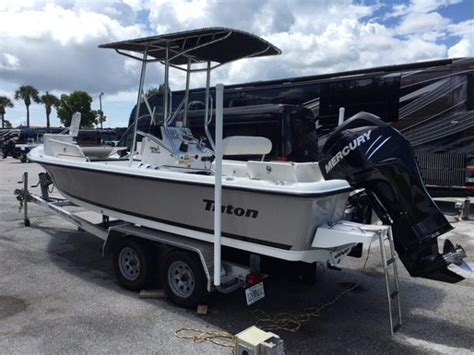 triton bay boats for sale 1990 triton 218 bay explorer boats for sale in stuart florida