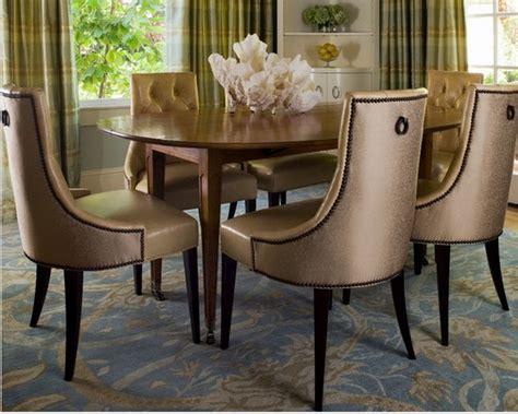 Charmant Chaise Fauteuil Salle A Manger #1: chaises-en-cuir-pour-salle-a-manger-3-1.png