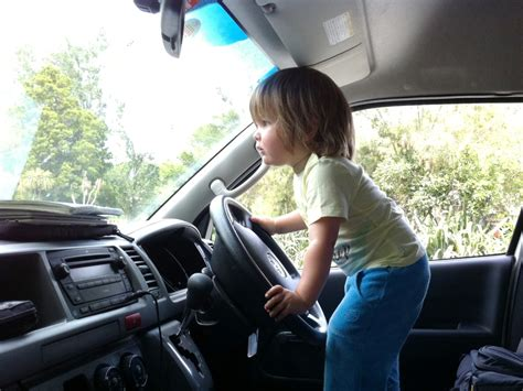 Kindersitz Im Auto Altersgrenze by Das Kindersitz Problem Im Cervan Was Eltern Wissen