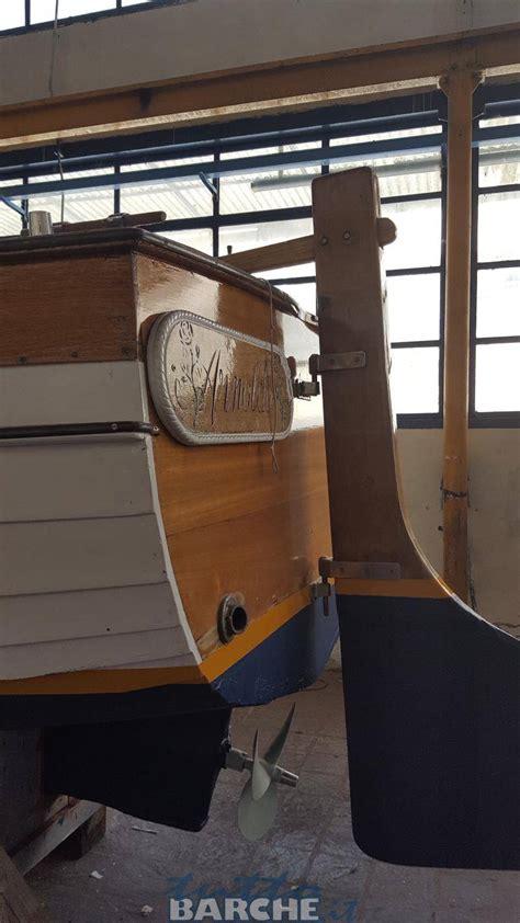 gozzo cabinato in legno cantiere montisola gozzo cabinato in legno mt 6 5 id 2764