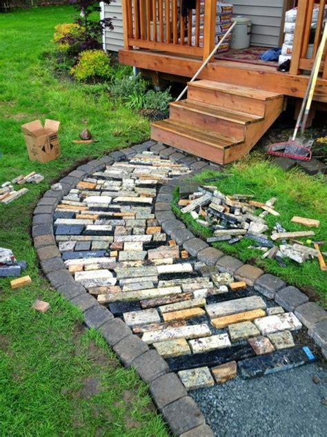 Wonderful Idee Jardin Avec Gravier #3: Gravier-pour-allée-jardin-cour-maison-idée.jpg