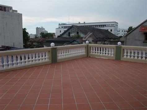 piastrelle balcone piastrelle per balconi le piastrelle come scegliere le