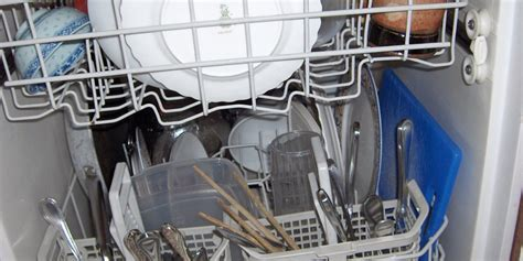 Dishwasher Won T Clean Properly How To Properly Load A Dishwasher Business Insider