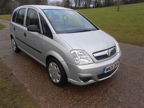 vauxhall silver used silver vauxhall meriva for sale hertfordshire
