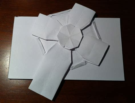 Religious Origami - 206 celtic cross setting the crease