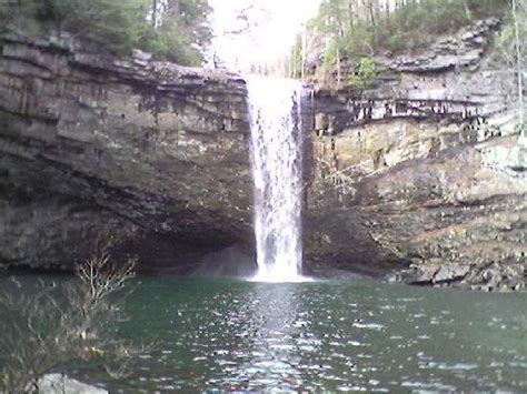 tennessee c 32 rock near falls picture of foster falls tennessee