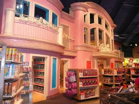 barbie house toys r us 20 best images about abit of shop fun on pinterest harrods barbie house and toy store