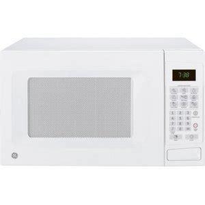 Ge Countertop Microwave Reviews by Ge 0 7 Cu Ft Countertop 700 Watt Microwave Oven
