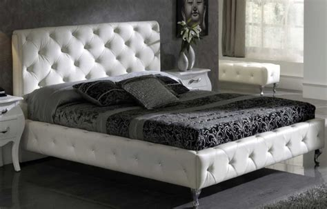 White Bedroom Furniture For Modern Design Ideas Amaza Design Designs Of Bed For Bedroom