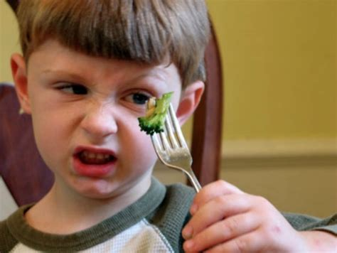 picky eaters and how to prevent it