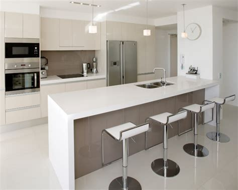modern small kitchen designs 2012 small modern kitchen design dands