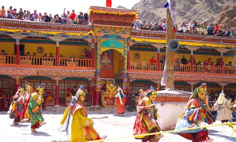 thousands flock to himalayas for rare buddhist festival