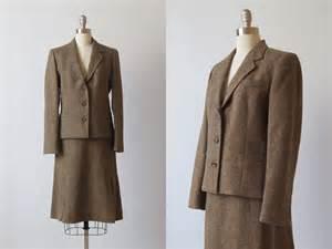 tweed suit 1970s women s suit wool suit fawn